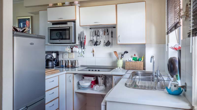 Pequeños trucos para optimizar el espacio en tu cocina - muebles de ...